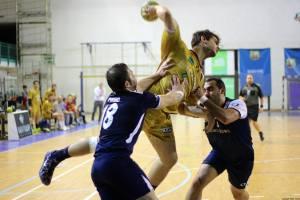 Stabellini Bologna al tiro contro Sassari